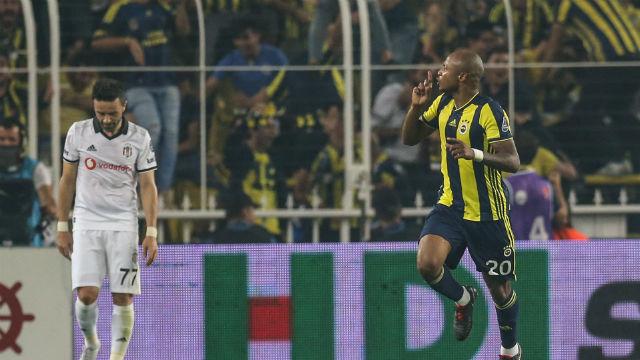 Göztepe'de yerliler, Fenerbahçe'de yabancılar attı