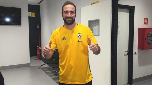 Gonzalo Higuain resmen Juventus'ta!