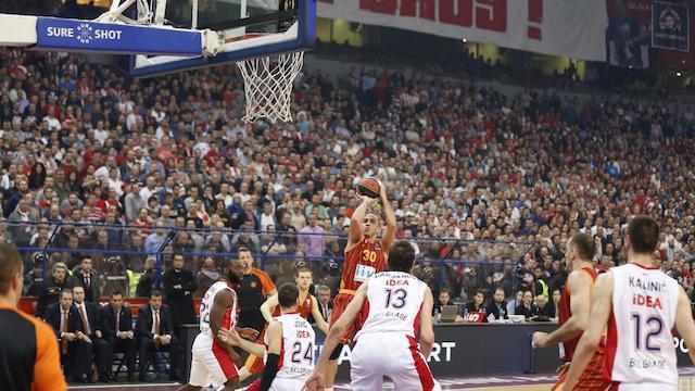 Galatasaray'da kriz çözülüyor mu?
