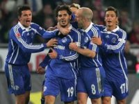Schalke'Ye 17'Lik Gürcü