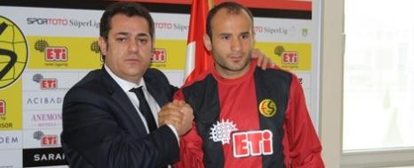 Mehmet Yıldız Karabükspor'da