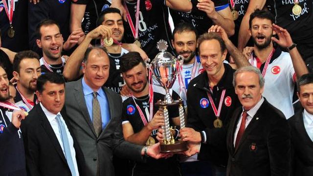 En büyük kupa Halkbank'ın