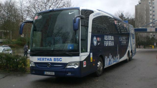 Hertha Berlin otobüsüne silahlı saldırı