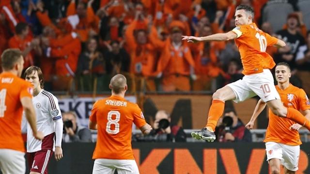Hollanda gol oldu yağdı