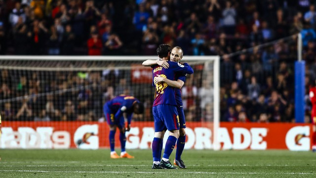 Barcelona, Iniesta'yı galibiyetle uğurladı