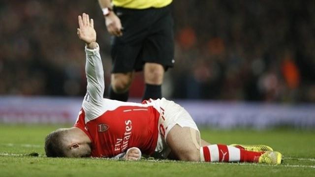 Arsenal'de ŞOK! Yine ameliyat