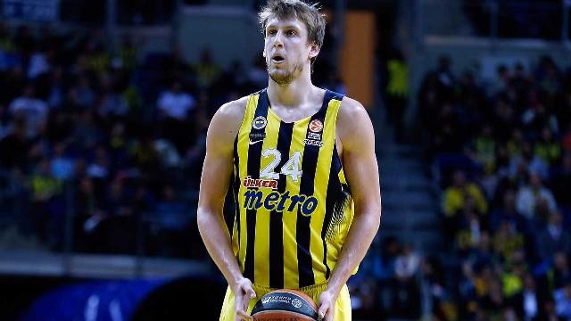 Fenerbahçe'de Vesely şoku!