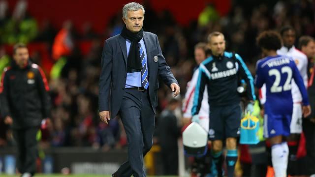 Chelsea, Mourinho'ya sahip çıktı