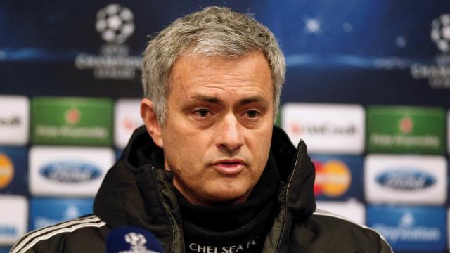 Mourinho bir ilkin peşinde