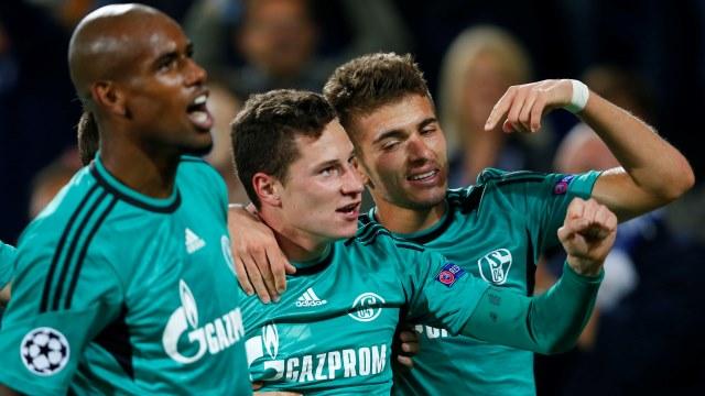 Draxler Schalke'yi uçurdu