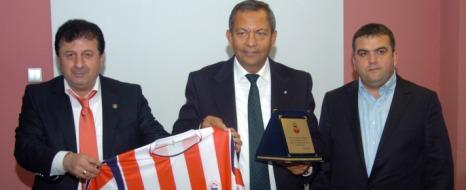 K.Maraşspor'a Maddi Yardım