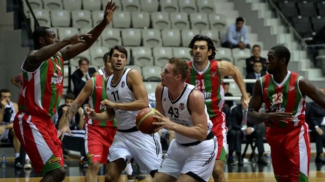 Karşıyaka, Beşiktaş'ı devirdi