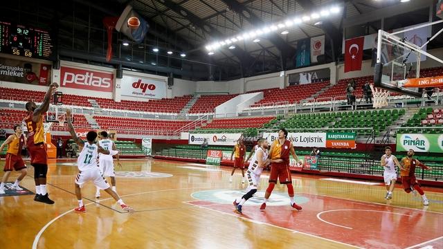 Galatasaray İzmir'de kazandı