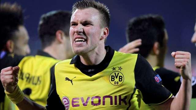 Dortmund yolu yarıladı