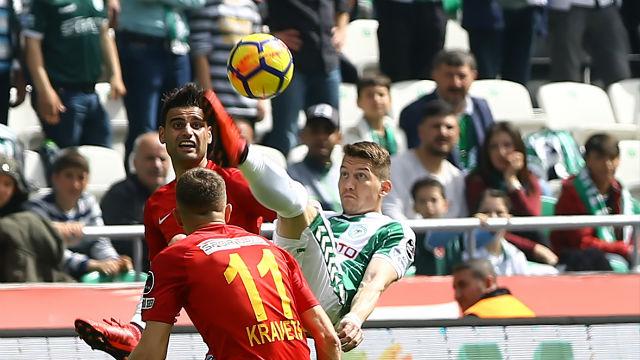 Konyaspor'dan ilk galibiyet