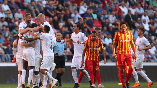 Konyaspor'a tek devre yetti
