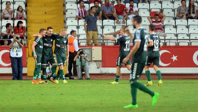 Konyaspor ikinci yarıda coştu