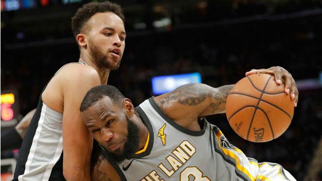 Spurs, Cavaliers'ı rahat geçti