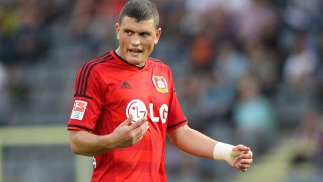 Leverkusen'den savunmaya takviye