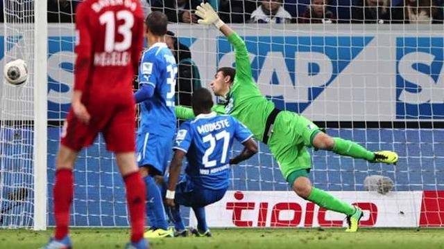 Hakem golü yarattı Leverkusen kazandı