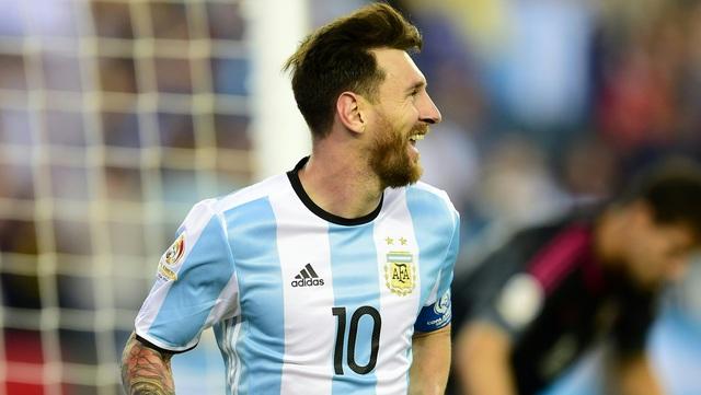 Lionel Messi GERİ DÖNDÜ