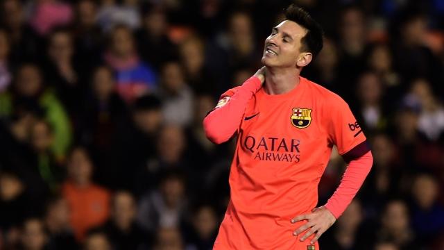 Messi'ye şişe atan yandı
