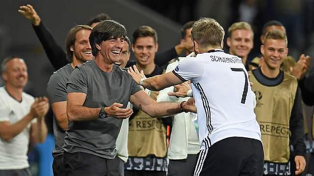 Almanya'dan rekorlarla dolu galibiyet