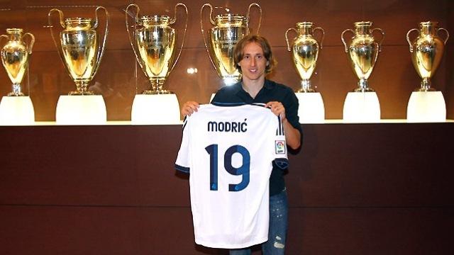 Luka Modric elden kaçmış
