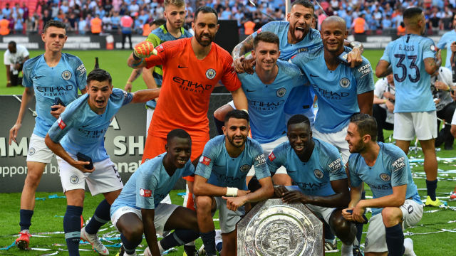 Community Shield Manchester City'nin!