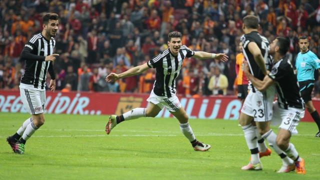Beşiktaş, şampiyonluk için sahaya çıkıyor