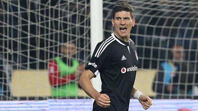 Gomez'den transfer açıklaması