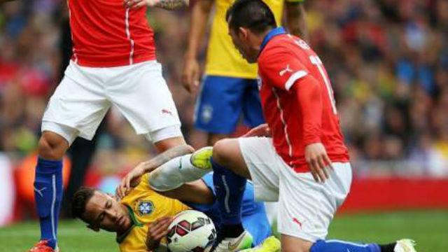 'Medel Neymar'a küfretti'