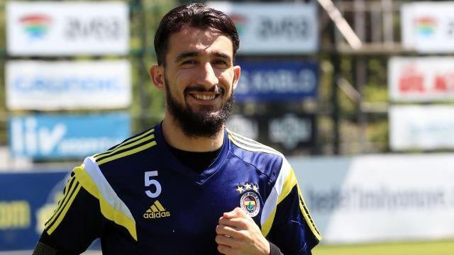 Mehmet Topal'dan kaptanlık açıklaması
