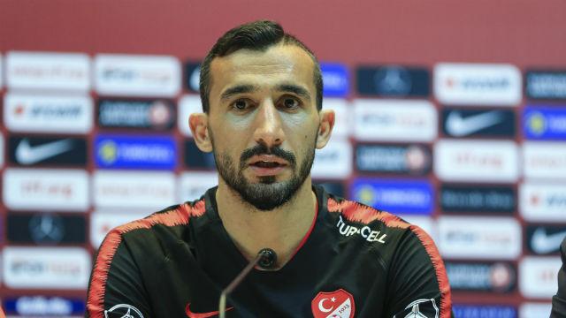 Mehmet Topal, A Milli Futbol Takımı'na çağrıldı