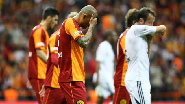 Melo'ya ağır sözler: Takımda bile sevmiyorlar!
