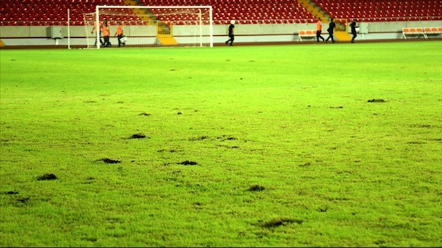 Mersin Stadı yenileniyor