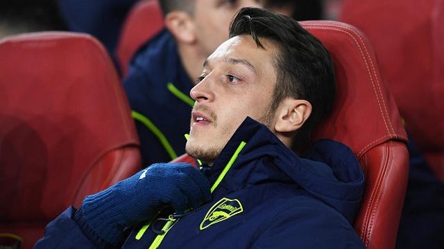 'Mesut ve Sanchez takımda kalacak'