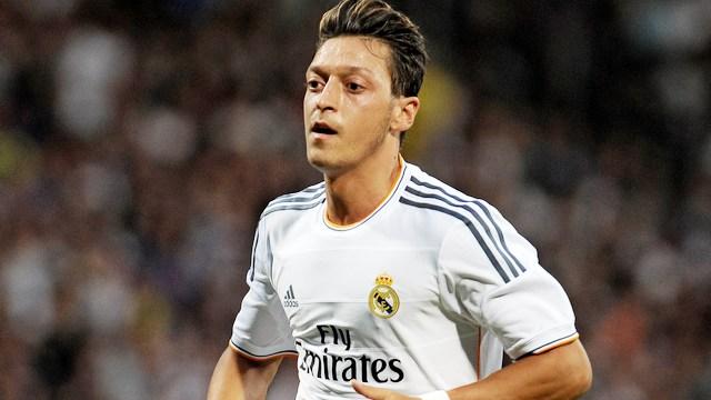 Mesut, Real Madrid'e dönebilir!