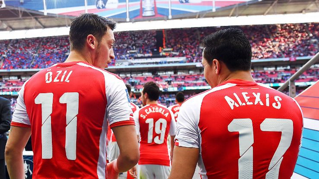 Mesut Özil İngiltere'de gündem oldu