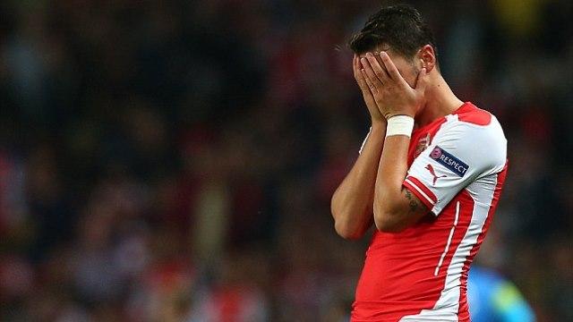 Mesut Özil'den kara haber!
