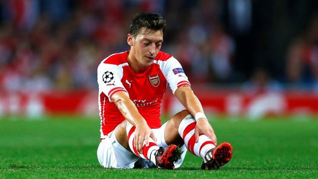 Mesut Özil tarih verdi