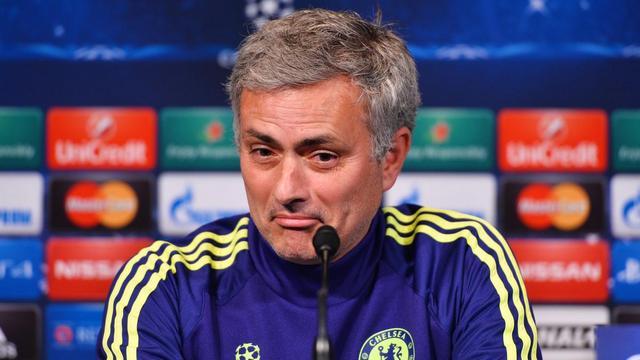 Mourinho yine yaptı yapacağını!