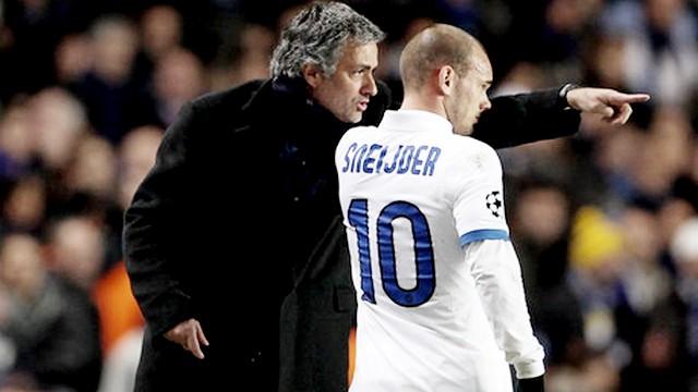 Mourinho'nun kafasında Sneijder var!