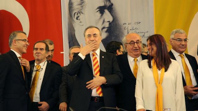 'Biz Galatasarayız ve asla pes etmeyiz'