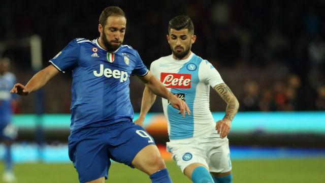 Napoli Juve'yi yavaşlattı