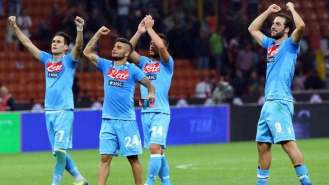 Olaylı İtalya Kupası Napoli'nin