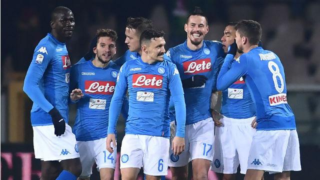 Napoli liderliği kaptı