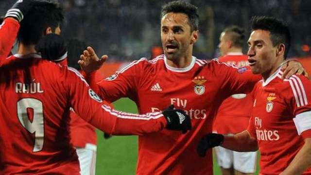 Benfica turladı