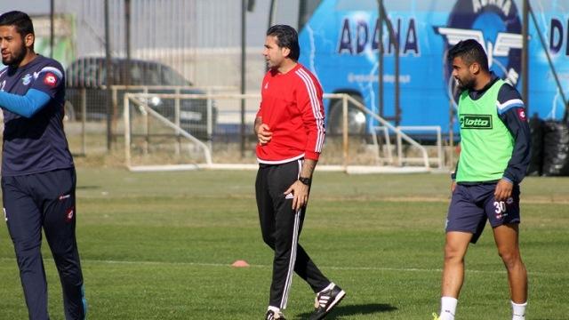 Osman Özköylü yeniden Demirspor'da