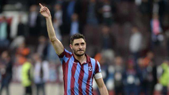 Trabzonspor'da 3 yıllık imza
